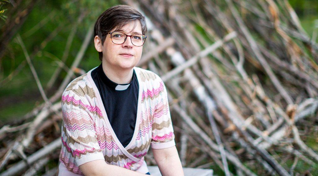 Eva Kolterjahn, pastor och författare.